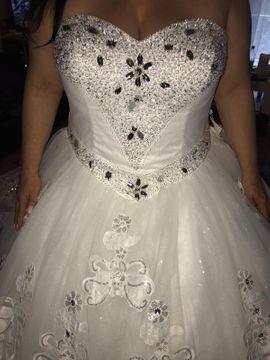 Brautkleid: Kleinanzeigen aus Köln Chorweiler - Rubrik Alles für die Hochzeit
