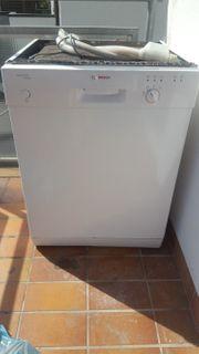 Verkauf Unterbau Spülmaschine Bosch weiß