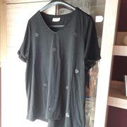 Damenshirt schwarz mit Herzchen-Applikationen Gr