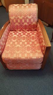 Sessel mit herausnehmbarem Sitzkissen