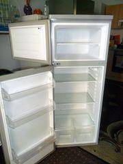 Zu Verkaufen Kühl-Gefrier-Kombination