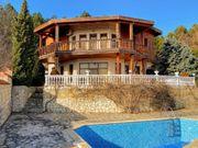Villa mit Pool fantastischem Panoramablick