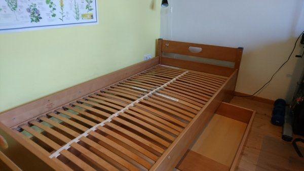 Gebrauchtes Jugendbett 2m x 1m