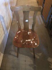 Stuhl nach dem Streichen