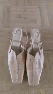 schicker Schuh der Marke ROLAND