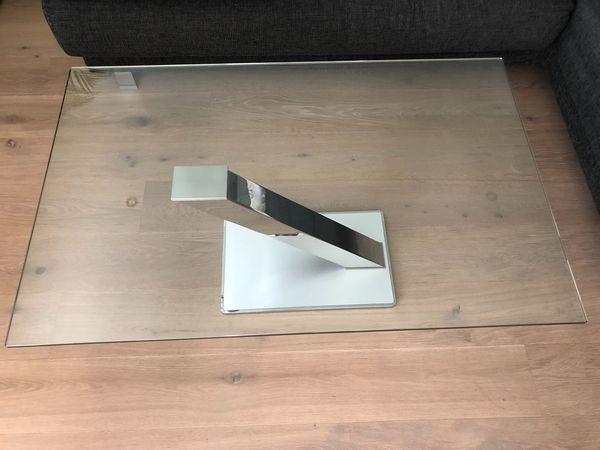 Moderner Designer Glastisch