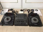 Roland Professional DJ Mixer DJ-2000