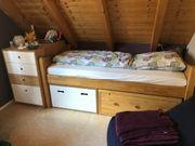 Kinderzimmer Möbel Vollholz- Schreinerarbeit