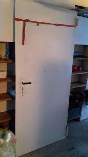 Feuerschutztür ohne Rahmen -