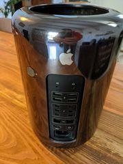 Apple Mac Pro Desktop - MD878BA