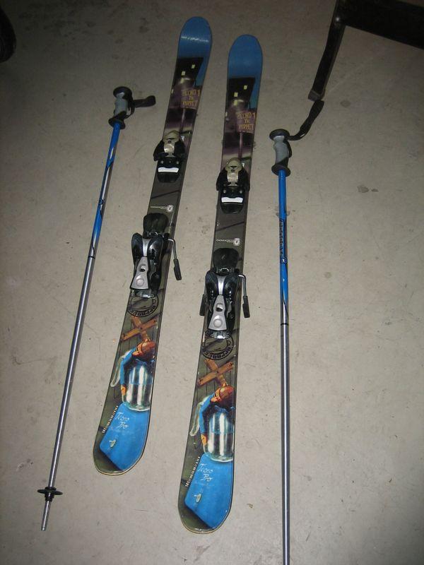 Alpinski 140 cm mit Stöcken