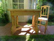 Jugendstil Esstisch mit vier Stühlen