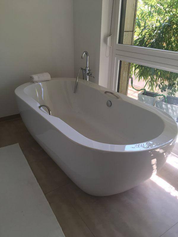 Freistehende Badewanne Kunststoff Weiß