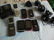 Ich verkaufe 8 Handys mit