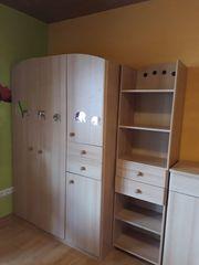 Kinderzimmer Kleiderschrank Kommode incl Wickelauflage