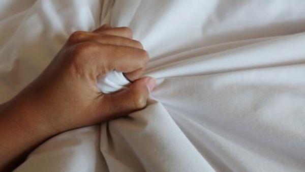 Sehr geehrte Dame selbst Hand