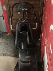Precor EFX546 crosstrainer