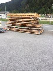 Neuwertige Holzpaletten für Vepackung Blechteile
