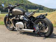 Triumph Bonneville Bobber Ironstone Black