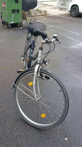Damen-Fahrräder - Torrek City100 silber blaues Damenfahrrad