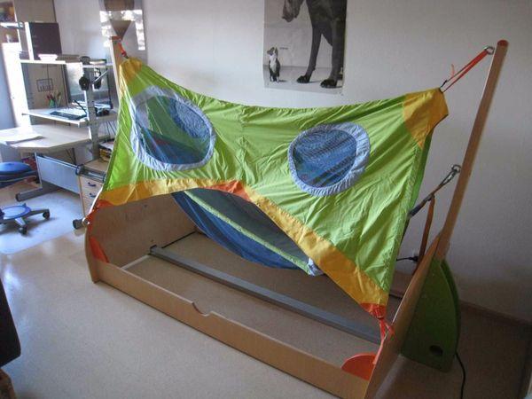 Bett von HABA: Rollando mit Baldachin (Segel) und Hängematte ohne ...