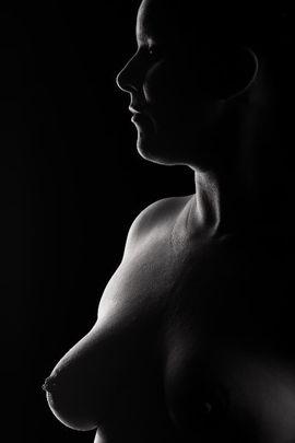 Sie sucht Ihn (Erotik) - Fotomodel und Verkauf