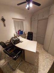 BÜROAUFLÖSUNG Komplette Büroeinrichtung- Schreibtisch Chefsessel