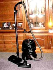 Staubsauger Wasserstaubsauger mit Elektrobürste von