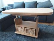 Tisch ausziehbar mit 2 Ratankörben