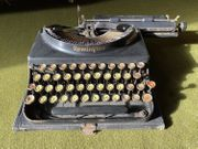 Schreibmaschine Remington Portable Model 3 -