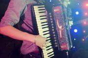 GESUCHT - Akkordeonist für Swing und