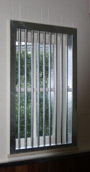29 Fenstergitter Stallfenster Pferdestall Pferdebox