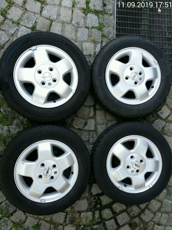 Sommerreifen auf Opel-Alufelgen 175 65