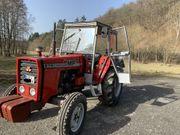 Traktor Schlepper Oldtimer Massey-Ferguson 274