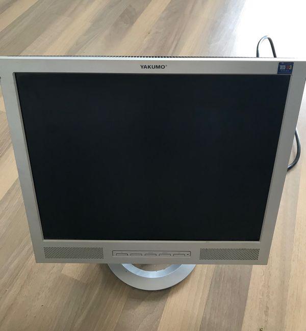 Flachbildschirm Yakumo TFT 17 XPT