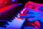 Keyboarder In für Freizeitband gesucht