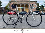 Peugeot Rennrad mit wunderschönem Rahmen
