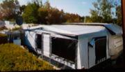 Wohnwagen mit Vorzelt zu verkaufen