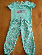 Niedlicher Mädchen-Schlafanzug Gr 122 128