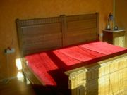 Doppelbett aus Gründerzeit