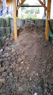 2m³ Erdaushub aus dem Garten -