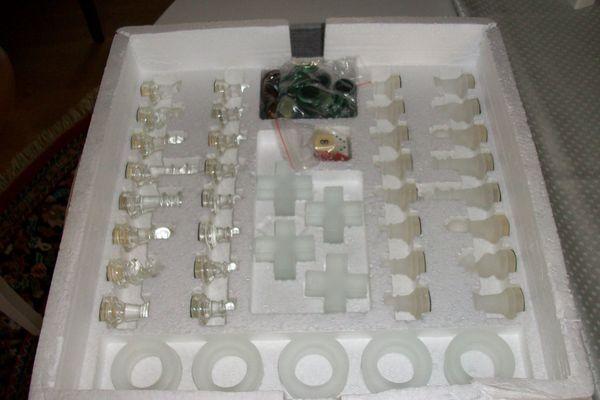 Spielesammlung aus Glas neu 4