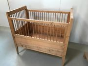 Kinderbett Massivholz antik