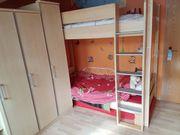 Jugendzimmer, Stockbett, Schränke +