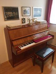 Klangvolles Klavier der Marke Nordisk