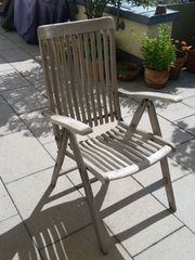 Fünf Teakholz-Stühle zu verkaufen