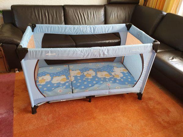 Hauck-Kinderreisebett mit Matratze