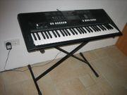 YAMAHA E423 Keyboard einwandfreier Zustand