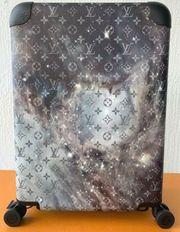 Louis Vuitton Monogram Galaxy Horizon