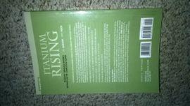 Computerbücher/ -zeitschriften - Itanium Rising Breaking Through Moore